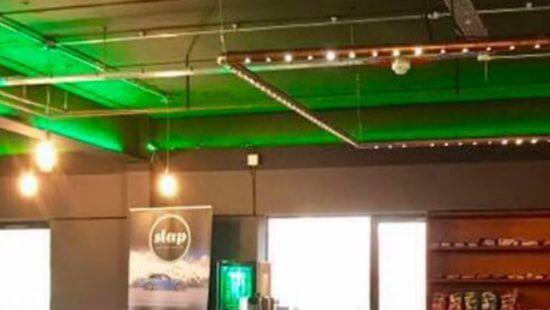 Bar banner